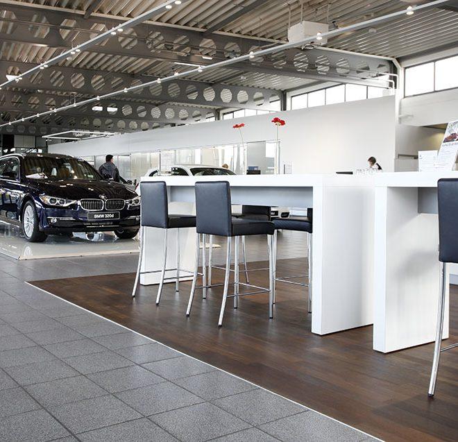 Parkettum hat bei BMW Göttingen Parkett verlegt.